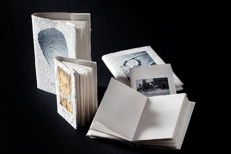 Sandro Tiberi, Italian paper artist