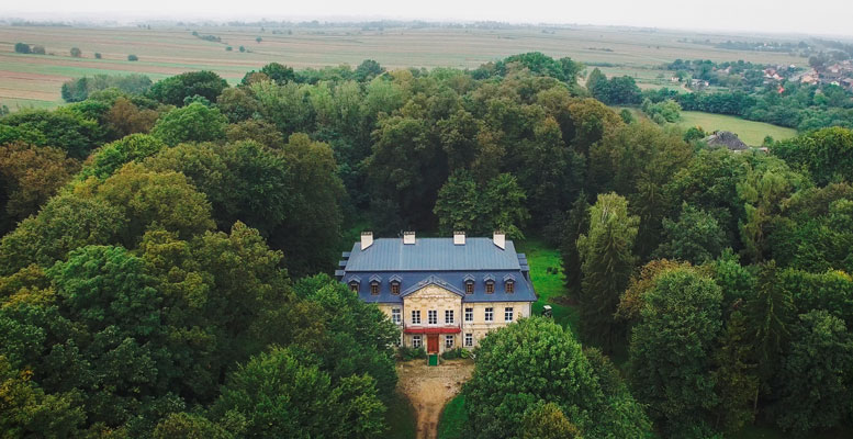HempToday Center, The Palace at Naklo, Poland