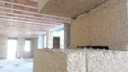 Construction is with Biomattone blocks developed by Working Pedone.